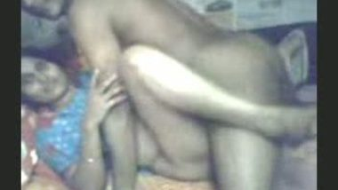 Indian village bhabi first time fucked by neighbor mms
