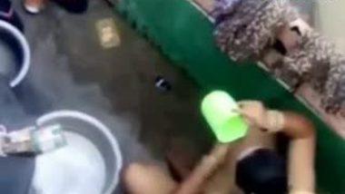 Desi Maid Taking Bath