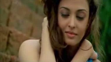 Aishwarya Bed Scene