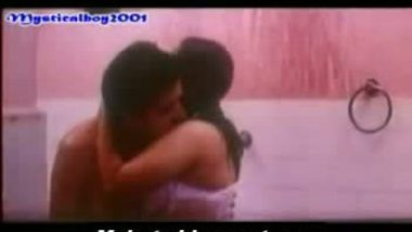 Reshma and hubby in bathroom