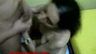 Paki call girl giving hot blowjob to her client mms