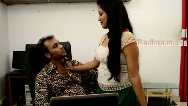 Horny Bhabhi Enjoying Hot Boobs Sqeezed By Boss