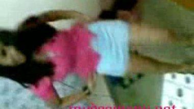Delhi college girl in pink dress mms