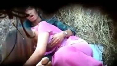 Outdoor hidden cam sex captured by voyeur