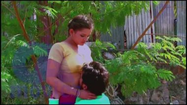 Outdoor desi masala smooch and foreplay scene