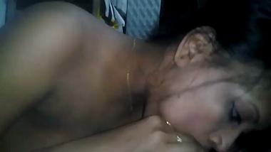 Ajmer bhabhi enjoys deep throating her husband!