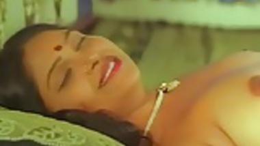 Desi B-Grade Mallu Nude Foreplay