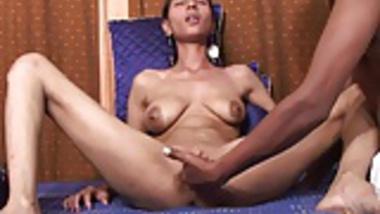 Indian Sex Couple-Meenakshi & Naveen (720p)