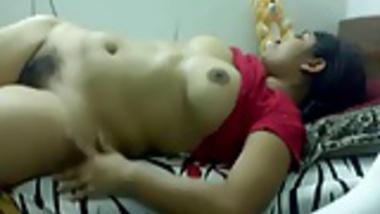 Smart indian Girl exposing her self masturbation