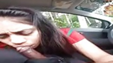 22 she love to suck cock in car very hot