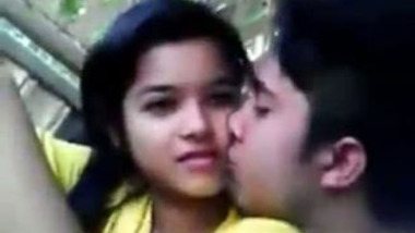Desi sex video gorgeous sexy teen outdoor romance