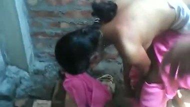 Indian village teen outdoor shower sex videos