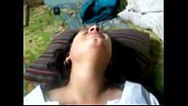 Desi village girl feeling pain during hardcore sex