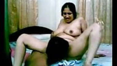 hot tamil aunty having sex