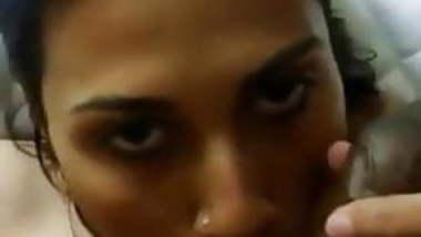 indian escort girl sucking customer dick in hotel