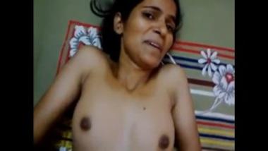 Sexy Aunty From Delhi Feels Scared Of Man's Cum