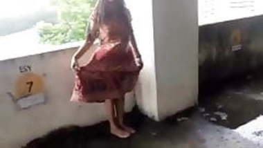 Mallu exhibitionist on public place