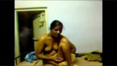 Sexy Telugu Bhabhi Wearing Saree