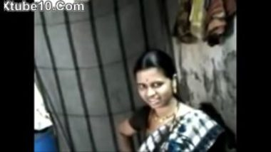 MMS Of Sexy Marathi Maid And Her Boss