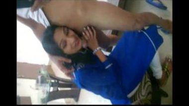 Sexy Punjabi Girl Sucking Penis Of Her Lover