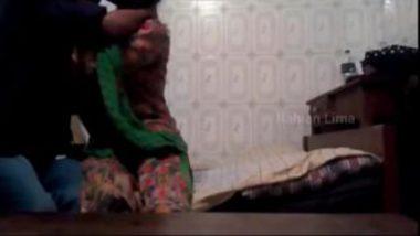 Hot Bangla Girl's Sex Caught In Cam