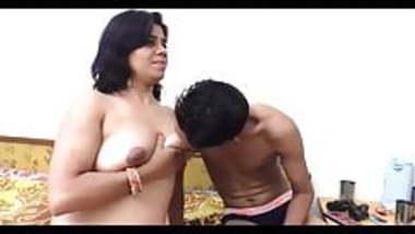 Indian Mature Bhabhi Hardcore sex with Virgin Boy