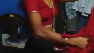 Tamil aunty Saree change
