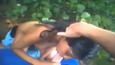 Hindi Outdoor XXX Video Of Young Teen Chick