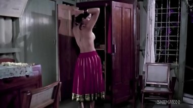 Various Indian actress Topless & Nipple Slip Compilation