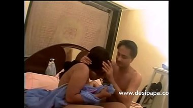 Horny Indian Babe Desperate To Get Fucked By Mature Men