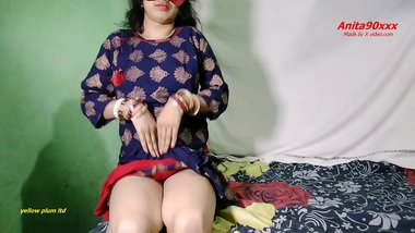 Indian Desi chut ki chudai Black sute me with Hindi audio