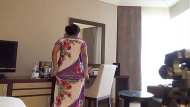 indian wife kajol in hotel full nude show for husband