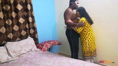 Indian Shanaya Bhabhi In Eye Catching Desi Shalwar Suit Having Closeup Sex With Love