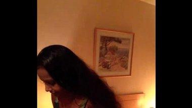 Indian Bhabhi Maha Laskhmi Nude - DesiPapa.com