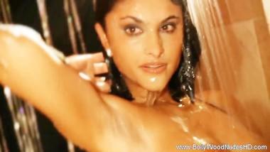 Soaking Wet Indian Babe Naked