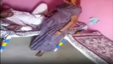 Mature village punjabi aunty hot sex with old guy