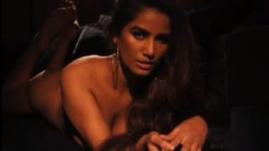 Poonam pandey nude in blowjob video