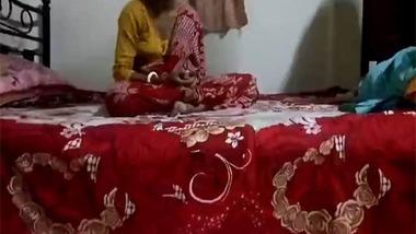 Desi Bengali housewife cheating sex with neighbor guy