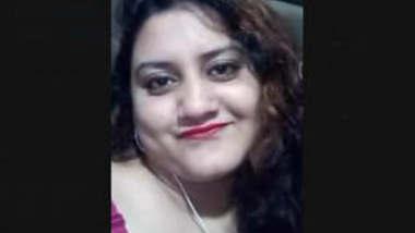 Sexy Bangladeshi Boudi Showing Her Boobs on Video Call