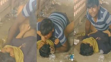 Desi Randi chudai in public place