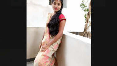 Indian Married Girl Showing