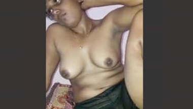 Lanakn Wife Showing Nude Body