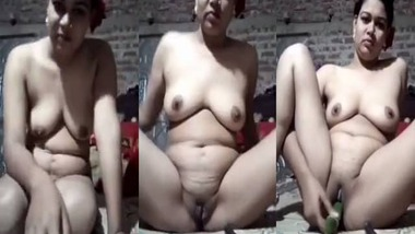 Dehati horny Bhabhi selfie MMS video
