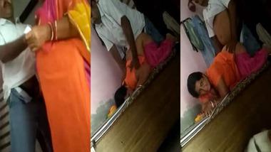 Busty Bhabhi sharing sex MMS
