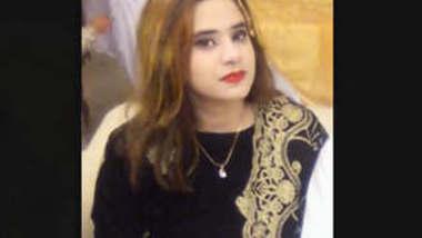 Beautiful Paki Girl Bathing New Clip