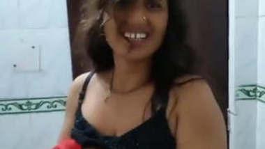 Indian Bhabi Bathing And Fucking With talk