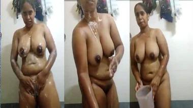 Mallu wife nude bath video goes live