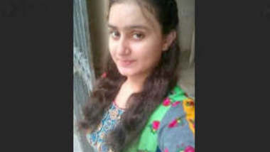 Beautiful Paki Wife Showing On VideoCall Update