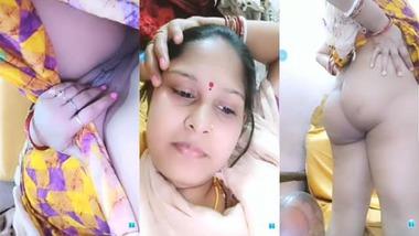 Horny busty Indian Bhabhi livecam sex video