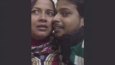 Desi Couple Leaked 3 Clips Part 1